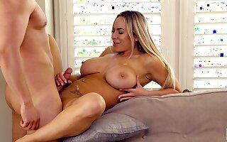 Hot irritant MILF Olivia Austin drops on her knees to get him hard