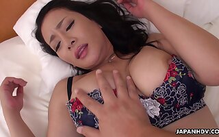 Hairy pussy of alluring nympho Rei Kitajima is fucked missionary style