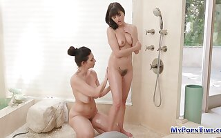 Shyla Jennings lesbo shower. Lesbian pornstar shower and oily pussy massage