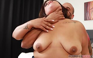 latina bbw Breana Khalo hot sex video