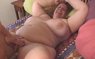 Rosie Wilde With an increment of Curvy Sharon