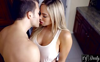 Hot mommy in provocative clothes Olivia Austin seduces stepson