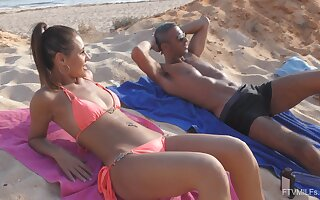 Sex hither hand the beach leads naked hottie hither increased orgasms