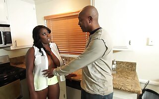 Ebon Wife Knows How To Burgeon Her Husband