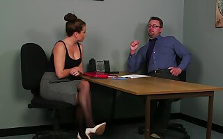 Office MILF gets laid with the guy during the job rub in