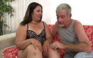 Old man fucks BBW in the ass and cums in her indiscretion