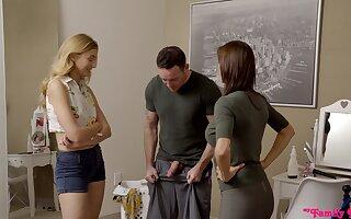 Busty MILF Alexis Fawx shares a fat dick with hot teen Alexa Grace