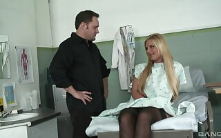 Sexy blonde inclusive Phoenix Marie loves getting fucked by her falsify