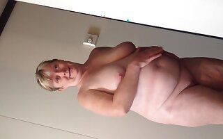 Horny bbw wife undressing on cruise reveals all