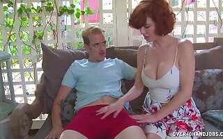 Redhead mature slut Veronica Avluv makes him cum with her juggs