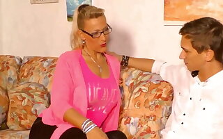 Stepmother wants to fuck