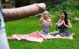 Alexis Fawx & Romi Rain & Keiran Lee in Pervert In The Park - Brazzers