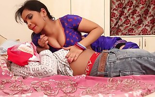Anjali Aunty Romance With Husband On Bed (Part 1)