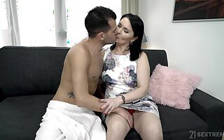 Emotional mature fat whore Ilsa gets hammered really estimated by her darling