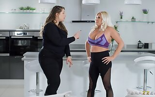 Mature blonde Michelle Thorne drops on her knees to make him hard