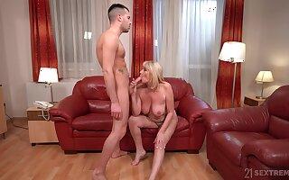 Auntie loves the taste for her nephew's big dick