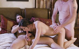 Indigent brunette bends for a double flick