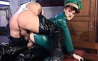 Amateur girlfriend double anal penetration roughly creampie